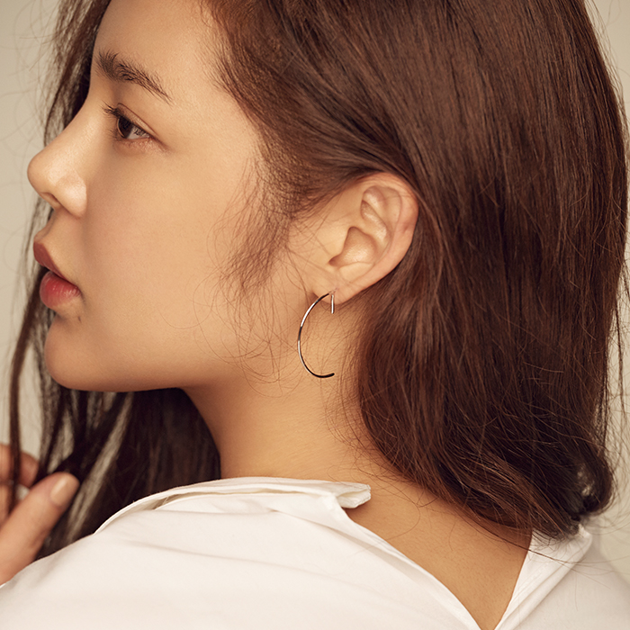 24/7 Line D Earrings