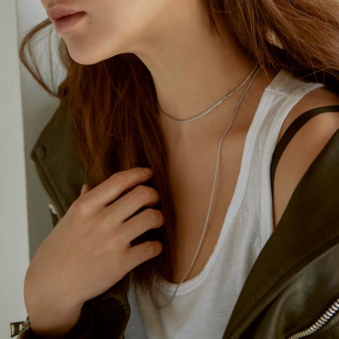 <b>'키스 먼저 할까요' 박시연 목걸이</b><br>Joli Long Chain Necklace