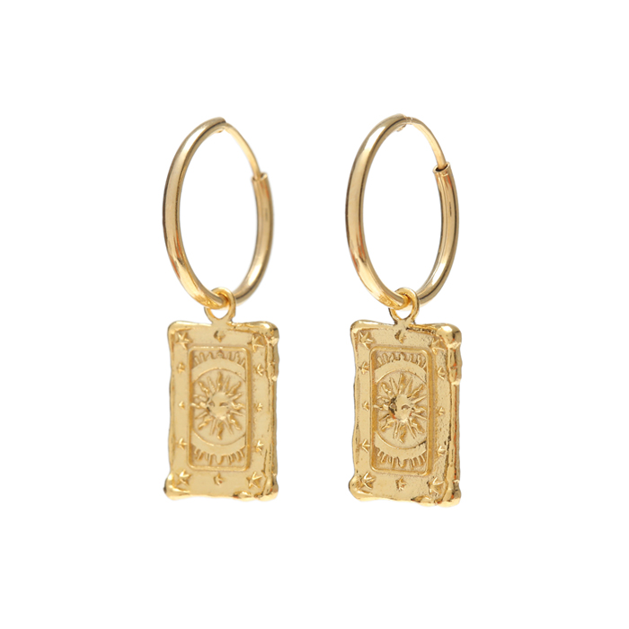 <b>서현 착용</b><br>Midnight Sun Tarot Hoop Earrings